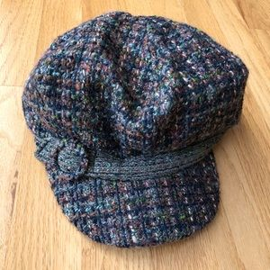Nine West Olive Tweed Newsboy Cap